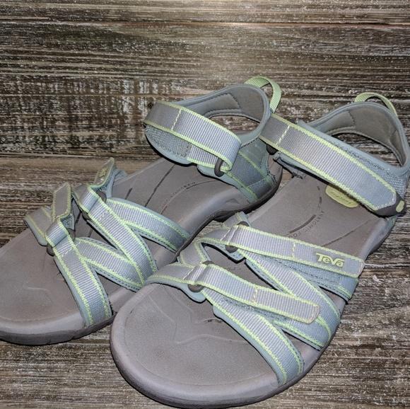 2dd97337c32 Teva Tirra Sport Waterproof Sandals Size 7 4266. M 5ad24d952ae12f5bd65c83c1
